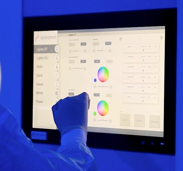 GB-HLS easily integrates technologies like touch screen control panels into the OR Module